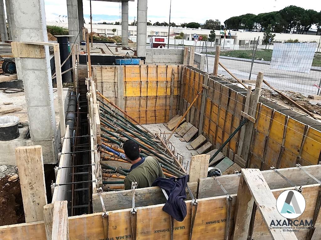 Piscina en Alhaurín de la Torre - AXARCAM Construcciones y Estructuras (4)